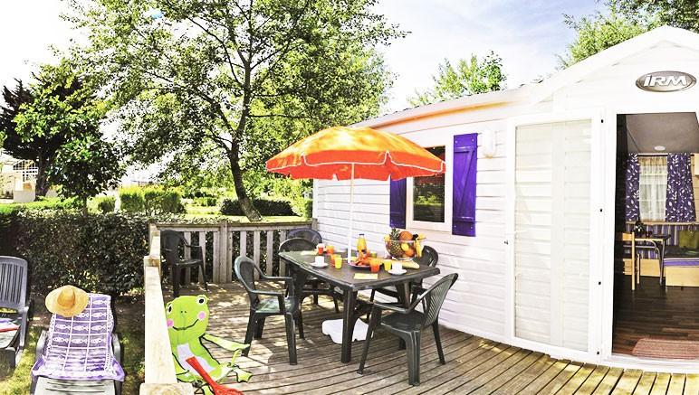 Vente privée Camping 5* Les Grosses Pierres – Les mobil-homes du camping avec terrasse