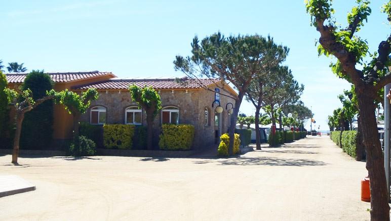 Vente privée Camping El Pla de Mar 4* – L'accueil du camping