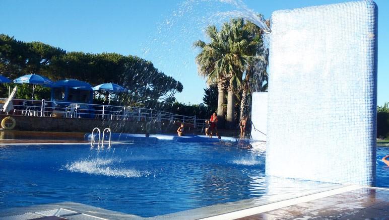 Vente privée Camping El Pla de Mar 4* – Profitez de la piscine extérieure...