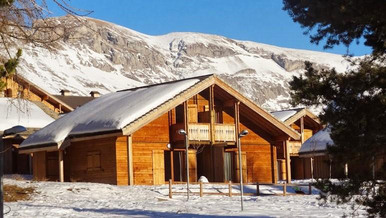 Vente privée Résidence Le Hameau du Puy 3* – Un des chalets de la résidence