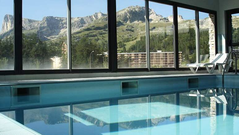 Vente privée Résidence Le Hameau du Puy 3* – Accès inclus à la piscine couverte chauffée et au sauna