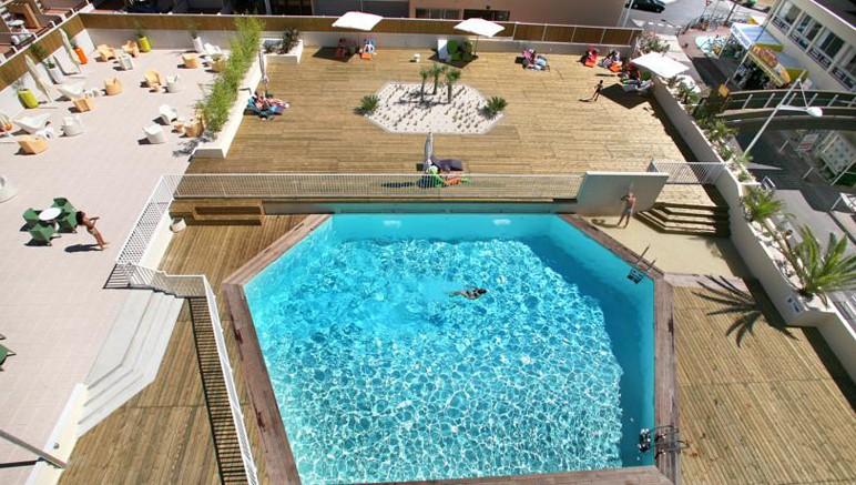 Vente privée Résidence Le Saint Clair 3* – Accès inclus à la piscine extérieure