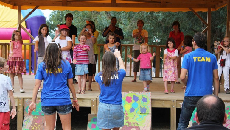 Vente privée Camping 4* Le Domaine d'Inly – Clubs enfants et ados à Pâques et juillet-août
