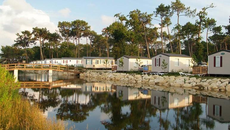 Vente privée Camping 4* Les Viviers – Les mobil-homes du camping