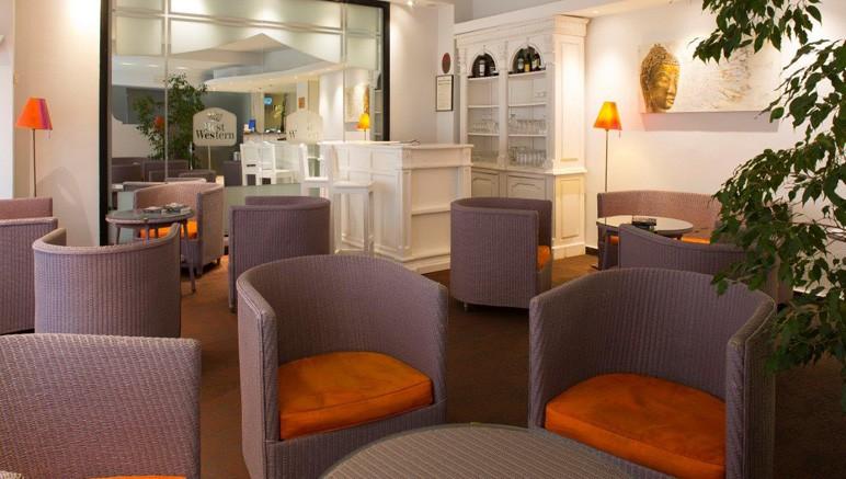 Vente privée Hôtel 3* Best Western Astoria – L'accueil lumineux de l'hôtel