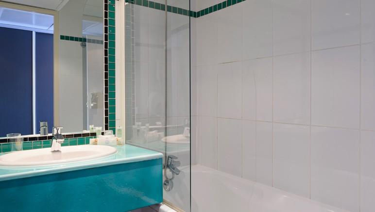 Vente privée Hôtel 3* Best Western Astoria – Salle de bain avec baignoire