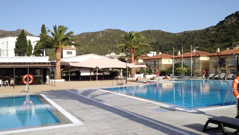 Vente privée Résidence Rescator – Profitez de la piscine extérieure ouverte en été