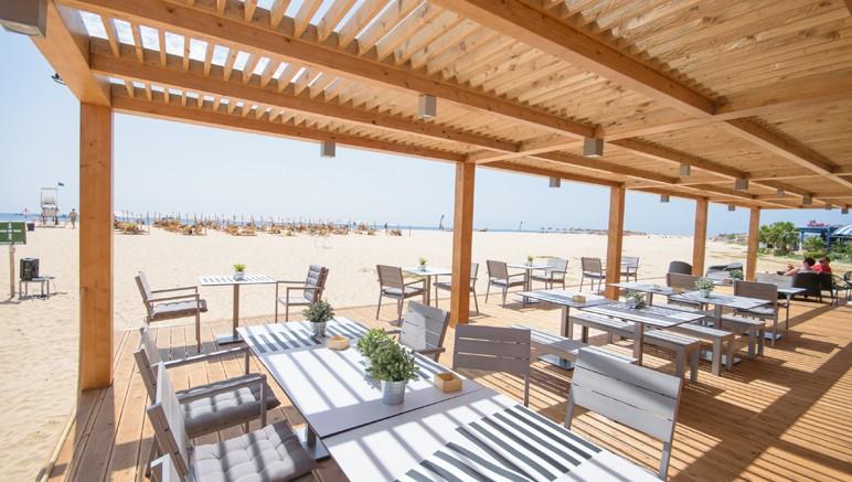 Vente privée Club Héliades Oasis Belorizonte 4* – ...aux restaurants et bars de l'hôtel