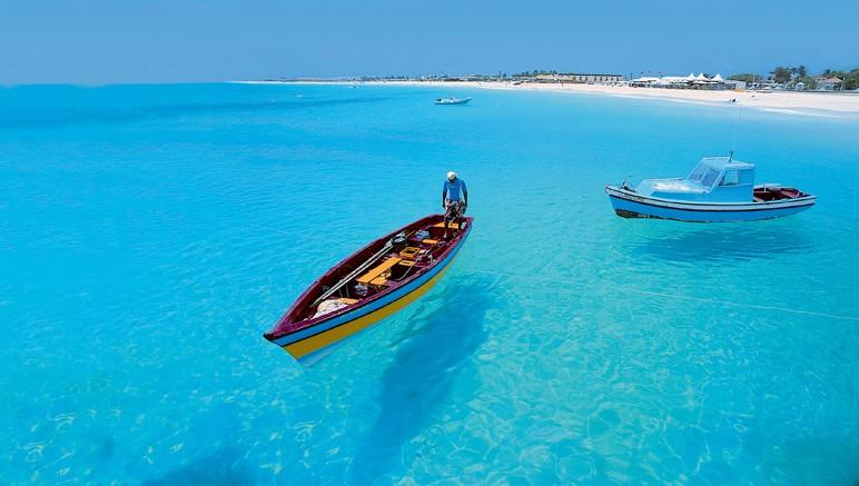 Vente privée Club Héliades Oasis Belorizonte 4* – Et l'eau turquoise, qui vous invite à la découverte des fonds marins