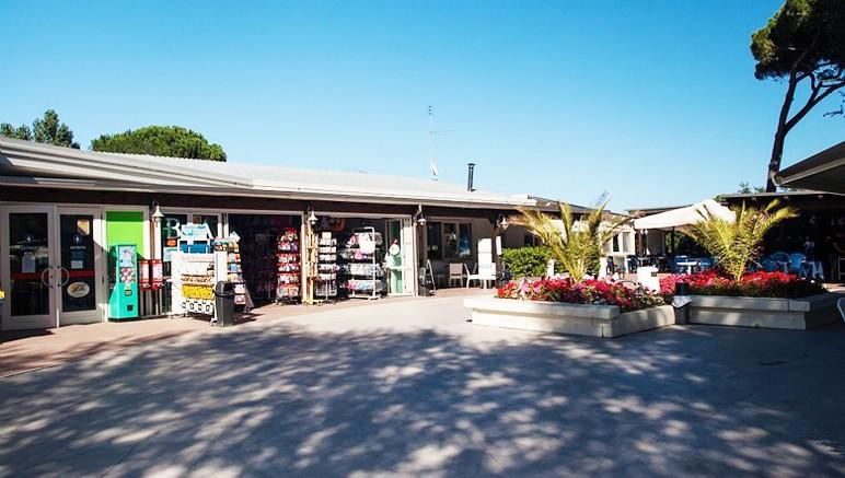 Vente privée Camping 3* Marina Village – Commerces au sein du camping