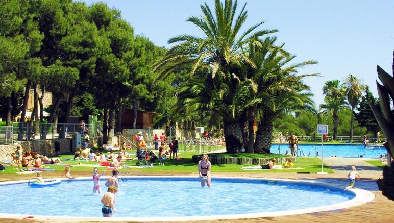 Vente privée Camping 5* Vilanova Park – Profitez du grand espace aquatique pour vous rafraîchir...
