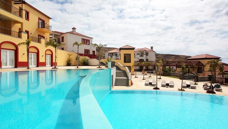 Vente privée Top Clubs Quinta Do Lorde 5* – Pour vous rafraîchir, plongez dans les piscines de l'hôtel...