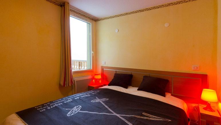 Vente privée Résidence Les Terrasses d'Isola 3* – Chambre avec lit double ou lits simples