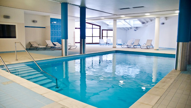 Vente privée Résidence les Balcons d'Aix 3* – L'accès libre à la piscine couverte