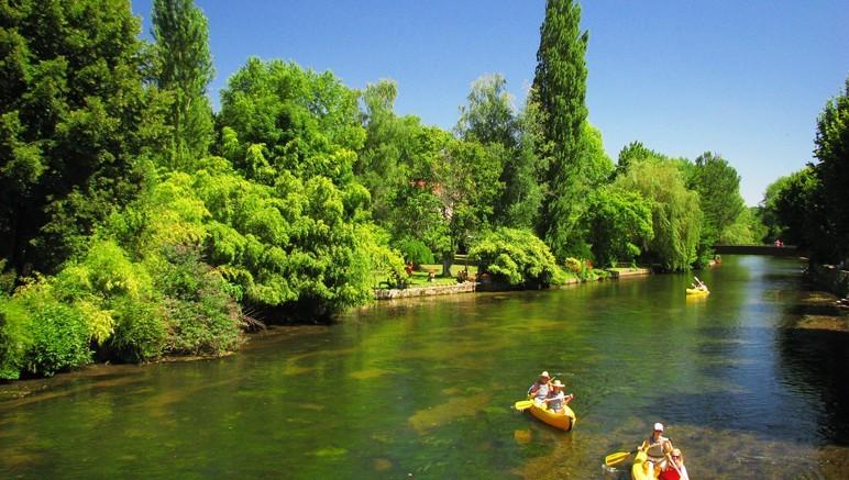Vente privée Camping 3* Trémolat – Offrez-vous une balade en canoë sur la Dordogne