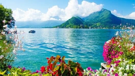 Vente privée : Annecy : 3* à deux pas du Lac