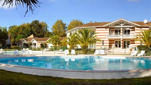 Vente privée : Gironde : 3* en famille avec piscine