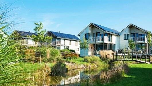 Vente privée : Villas de Luxe en bordure de lac