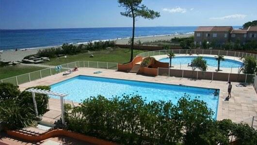 Vente privée : Corse 3* : piscines et bord de mer