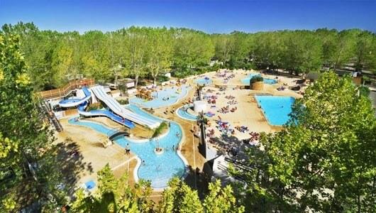 Vente privée : Standing 5*, piscines & club enfants