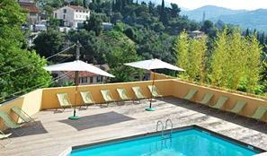 Vente privée : Parfum de vacances d'été à Grasse